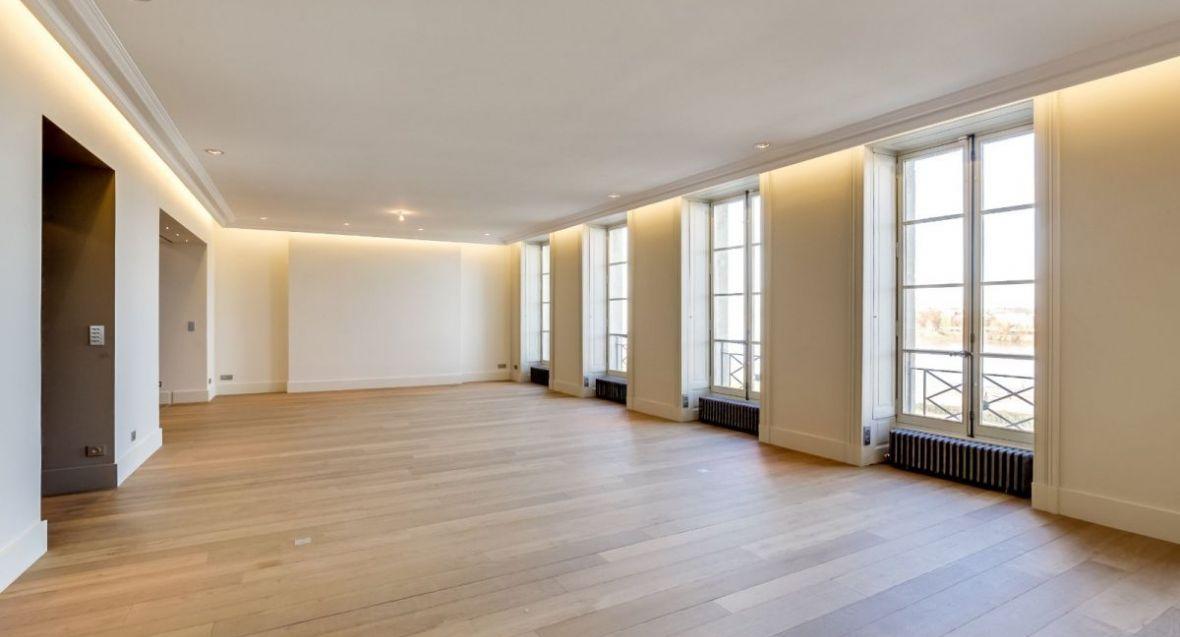 Vente unique sur bordeaux appartement d exception vue garonne for Recherche appartement sur bordeaux