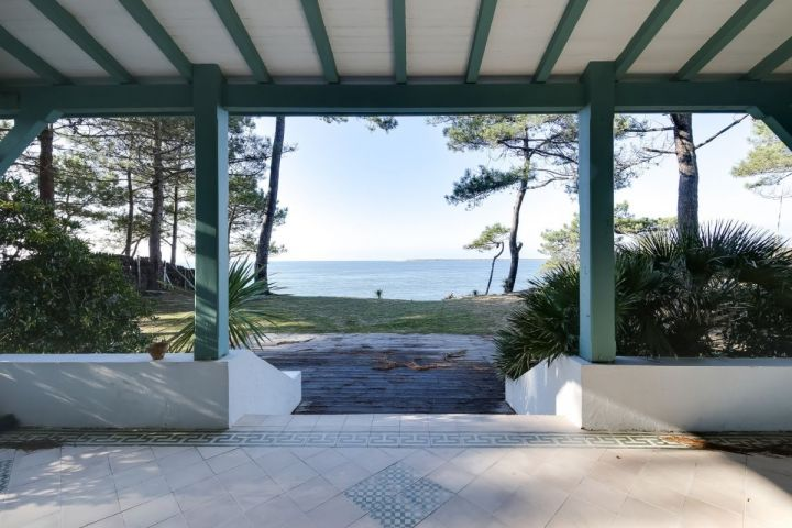 Le pyla - luxury villa on the front line