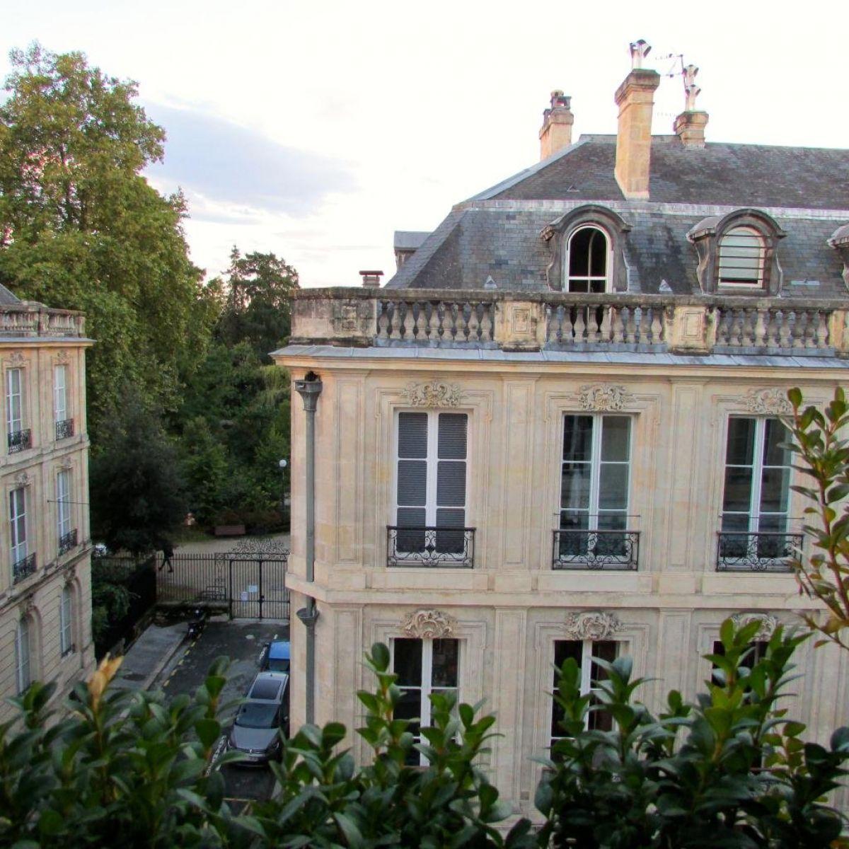 Vente vue sur le jardin public pour cet appartement de 84m2 for Recherche appartement sur bordeaux