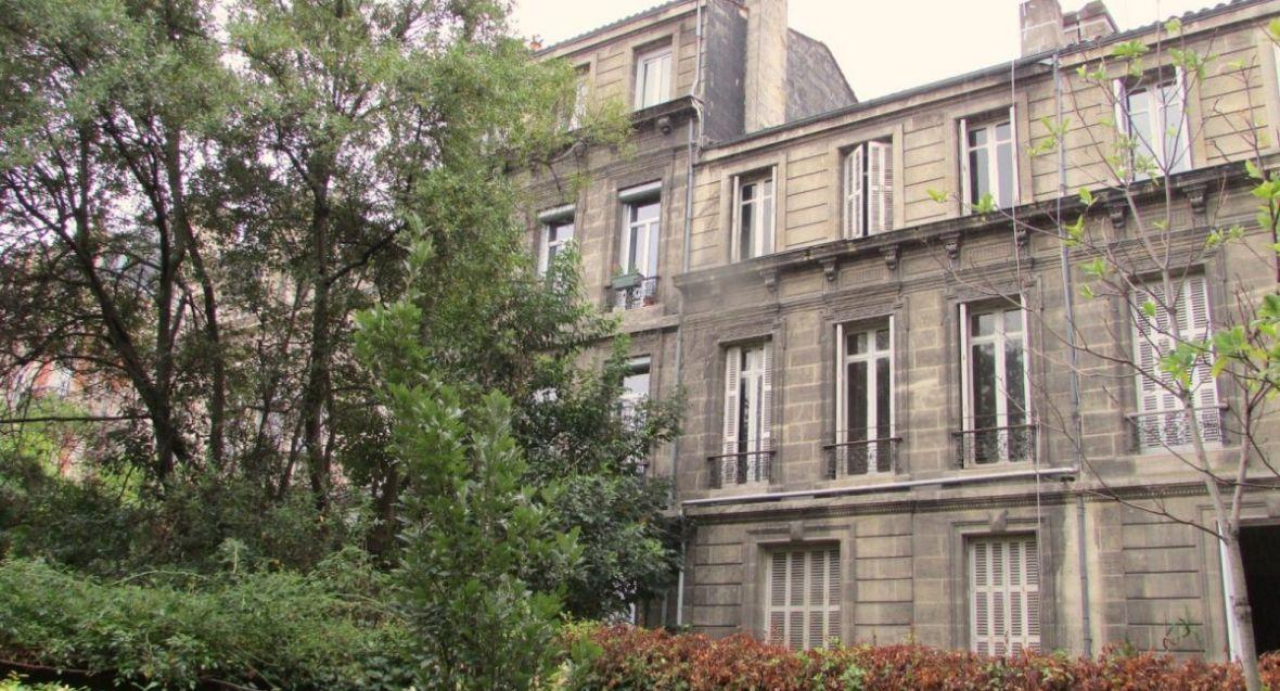 Vente Directement Sur Le Jardin Public Belle Maison Bourgeoise A