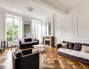 Splendide appartement xviiième quartier saint michel