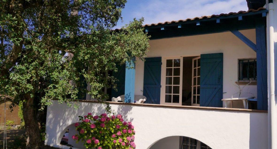 Vente dune de l 39 herbe villa n obasque avec magnifique vue for Appartement bordeaux 180m2