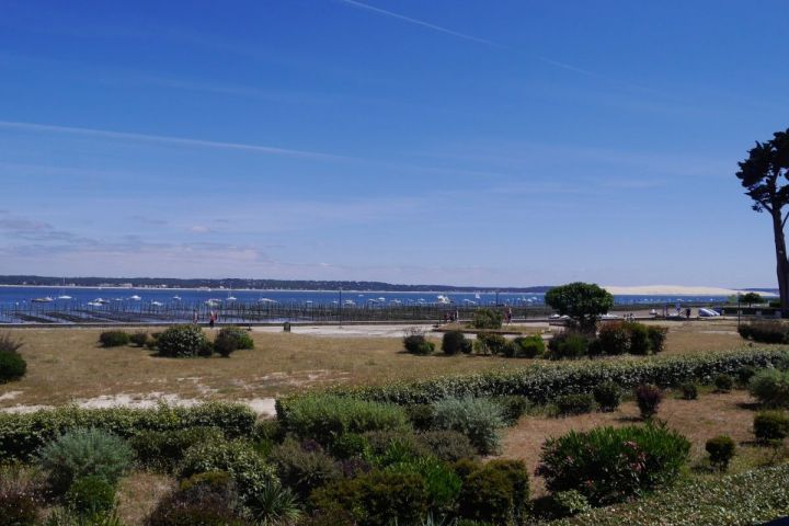 Cap ferret apartment of 70 m2 in first line with views of the dune of pyla